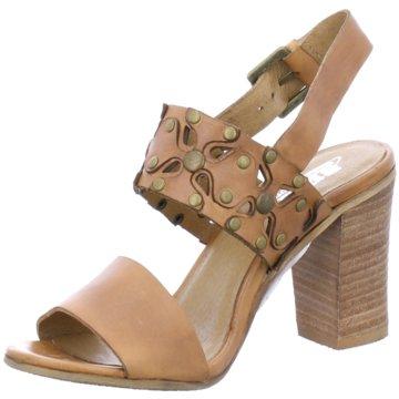 SPM Modische High Heels beige