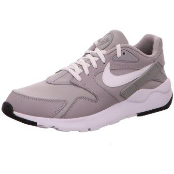 Nike Sneaker LowLD Victory grau