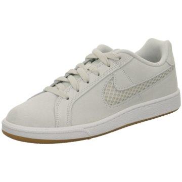 Nike Sneaker Sports beige