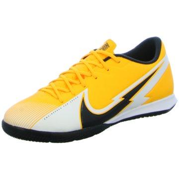 Nike Hallen-SohleMERCURIAL VAPOR 13 ACADEMY IC - AT7993-801 orange