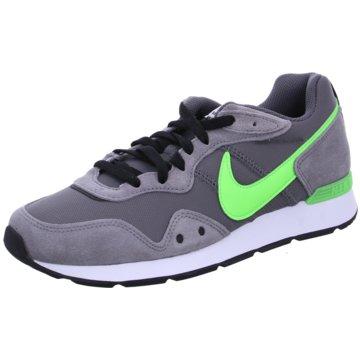 Nike Sneaker LowVENTURE RUNNER - CK2944-009 grau